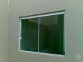janelas em vidro temperado verde 2 partes.jpg